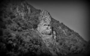 Capul lui Decebal in Defileul Dunarii