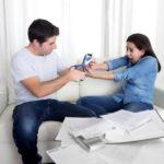 Lipsa banilor îți afectează relația de cuplu? Iată cum poți obține un venit suplimentar, astfel încât acesta să nu mai reprezinte un motiv constant de ceartă!