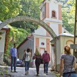 Mănăstirea Călugăra - intrare