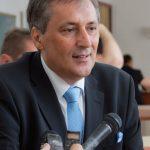Joaca de-a demisia la Consiliul Judeţean Caraş-Severin